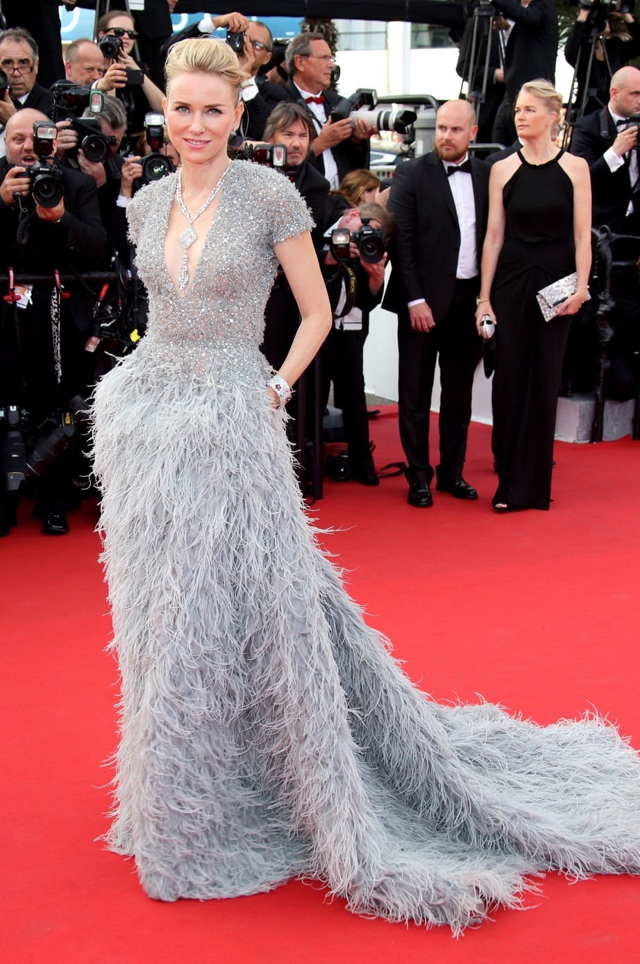 cannes-red-carpet-06